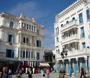 Tunis_Place_de_la_Victoire (2)